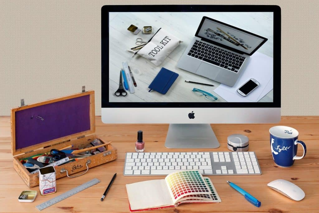 Graphic designer Freelancer with Graphic design course by WebWeaver Learning Centre